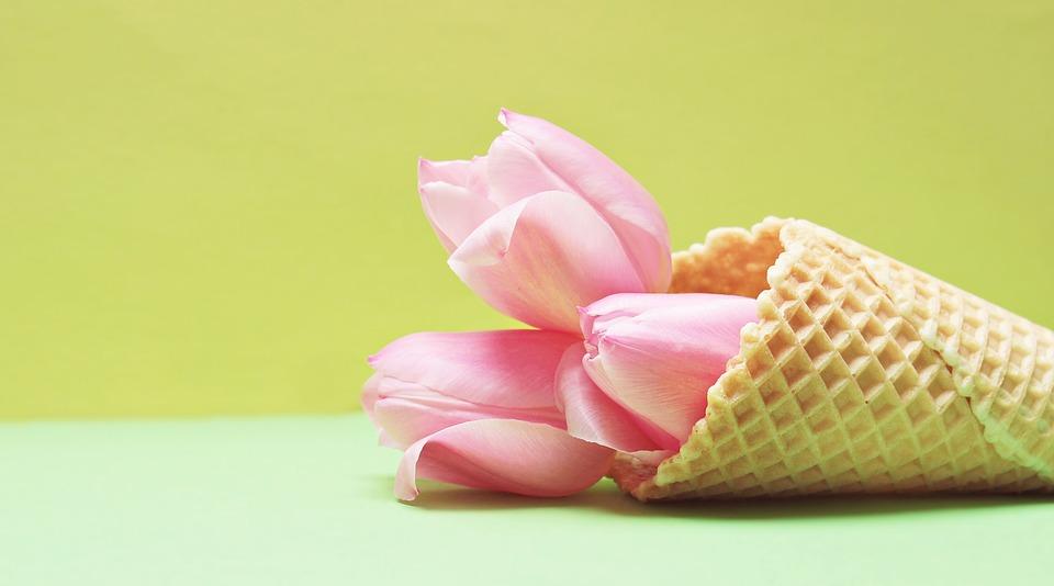 Flores comestibles que puedes combinar con helados